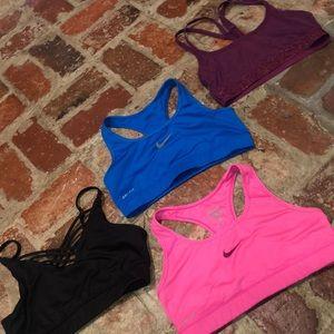 4 sport bras all size medium